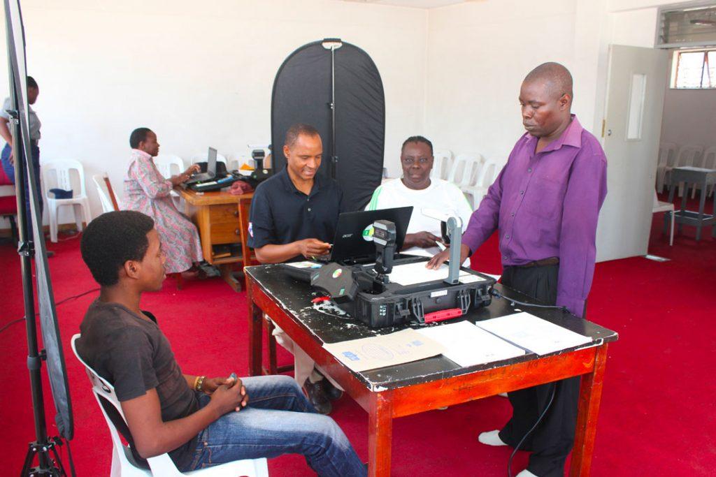 ec-undp-jtf-zimbabwe-news-gallery-biometric-voter-registration-bvr-1